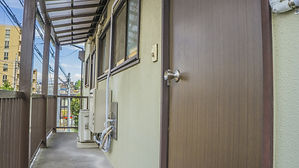 入居前、入居後の玄関の鍵交換