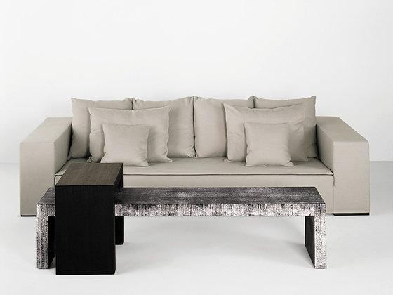 Armani Casa, Otello Sofa