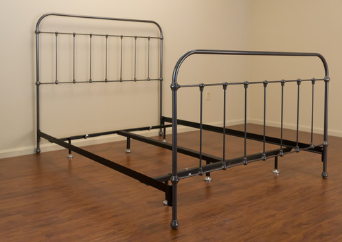 Our Hudson Iron Bed Is Reminiscent Of A Very Popular Made In The Early 1900s Its Simple Design And Plain Castings Give