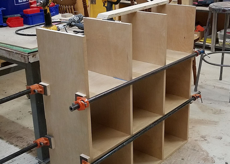 Bar Clamps to Pull Glue Joints Together