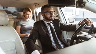 Justiça nega restabelecimento de contrato entre aplicativo e motorista.