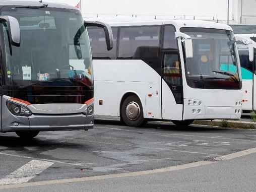 Lei que disciplina pontos de ônibus em Pirajuí é inconstitucional.