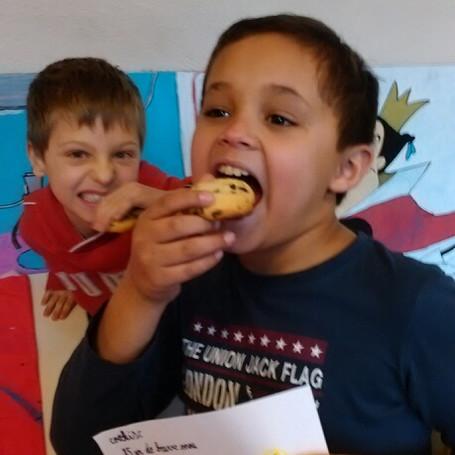 Les enfants se régalent au projet cuisine !