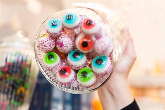 Gummi Augen