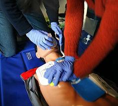 420px-CPR_training-04.jpg