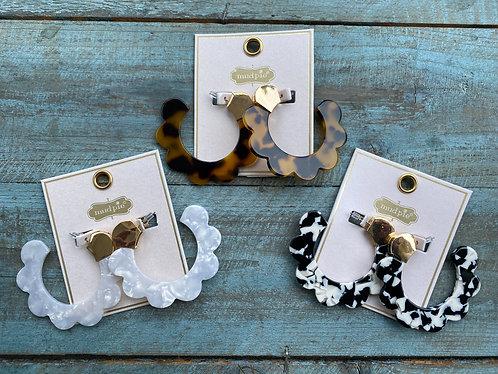 Tortoise Scallop Hoop Earrings
