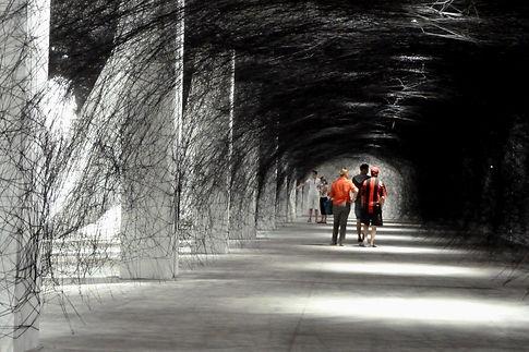 Labyrinth-of-Memory-de-Chiharu-Shiota-ex