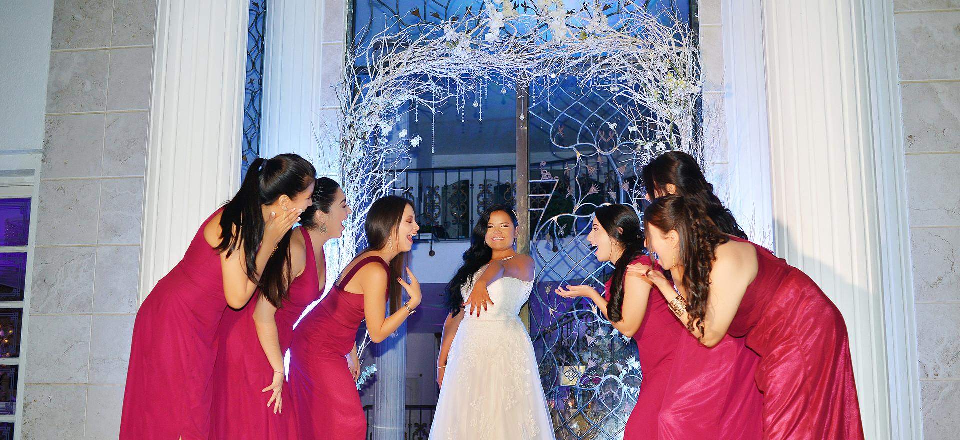 la novia y la corte