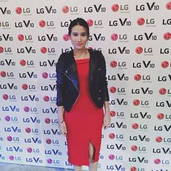 Karla Aguas hosting for the LG V10 Launch
