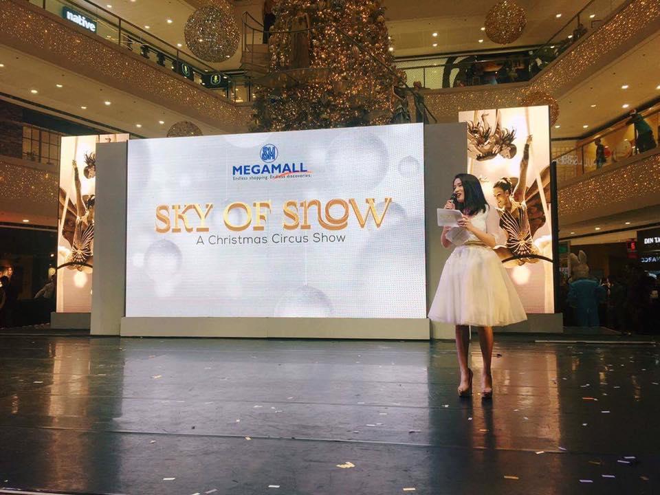 SM's Sky of Snow Christmas Event