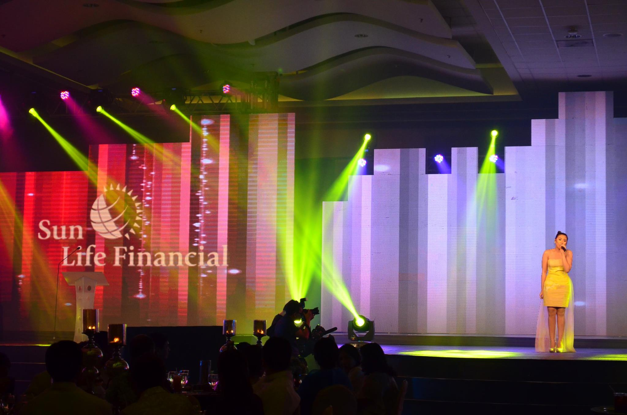 Morissette as guest for Sun Life