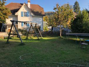 GartenBlickzumNachbarshaus.jpg