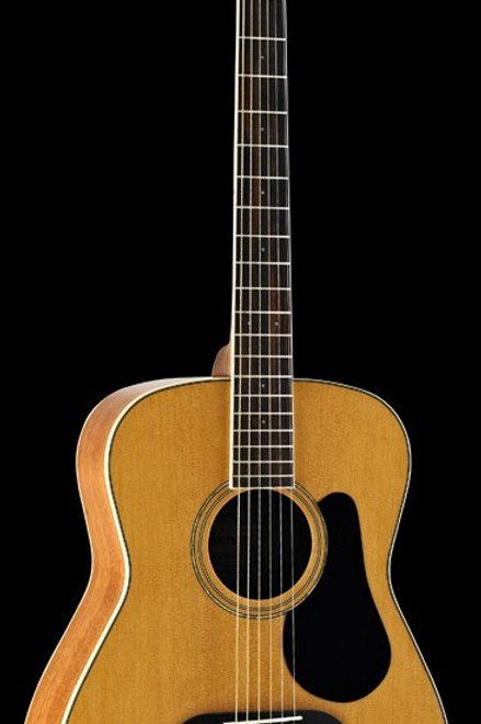 ALVAREZ REGENT SERIES RF16 – Folk Acoustic Guitar