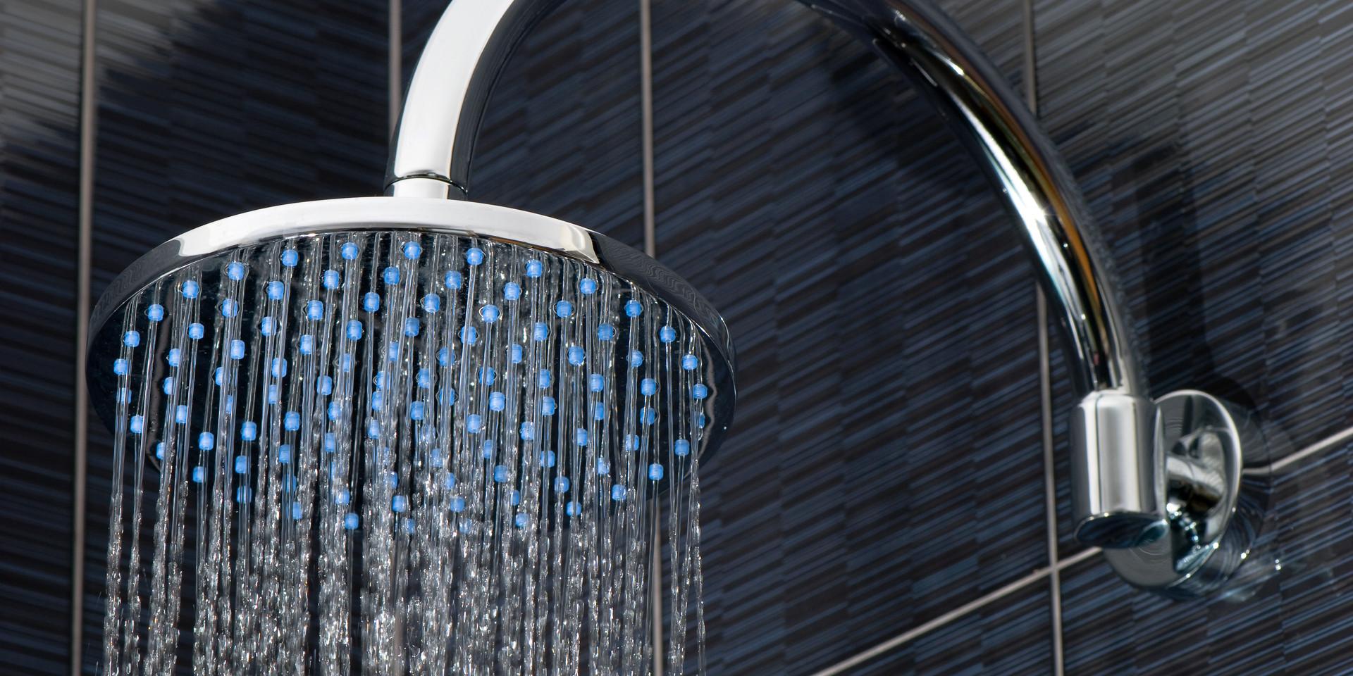shower Depositphotos_8346702_xl-2015.jpg