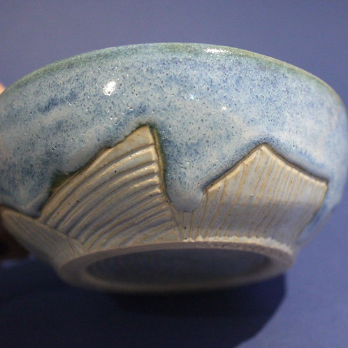 Incised bowl with ice blue and bright blue glazes