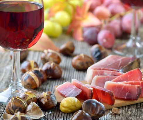 jesenske-dobrote-vino.jpg