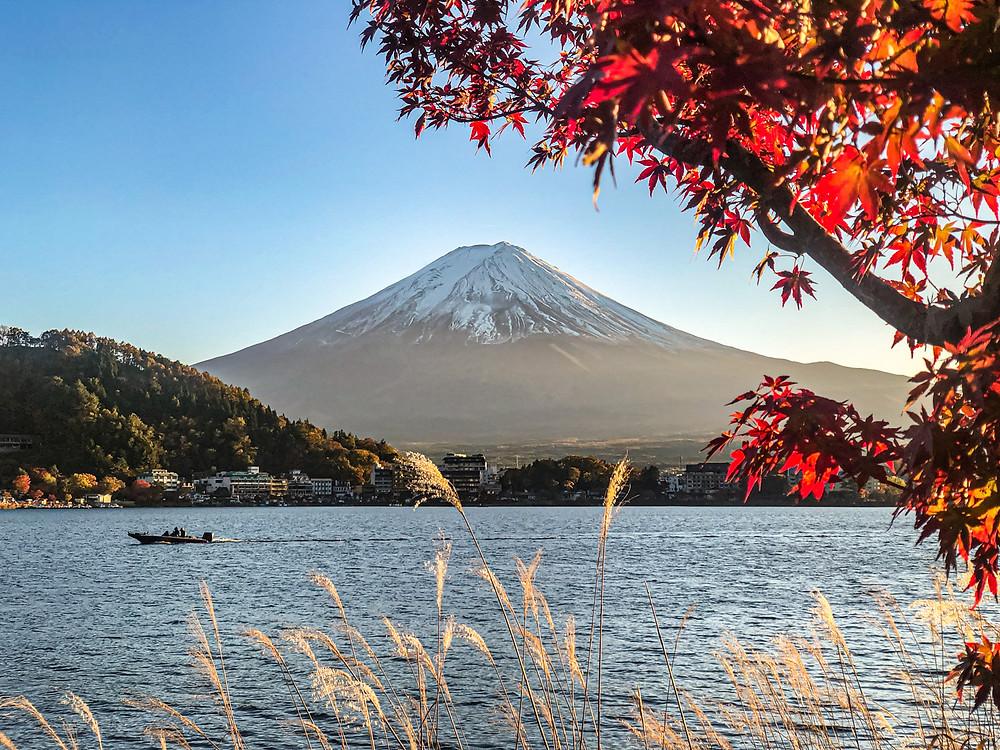 Japonská hora Fuji se průměrnosti bát nemusí.