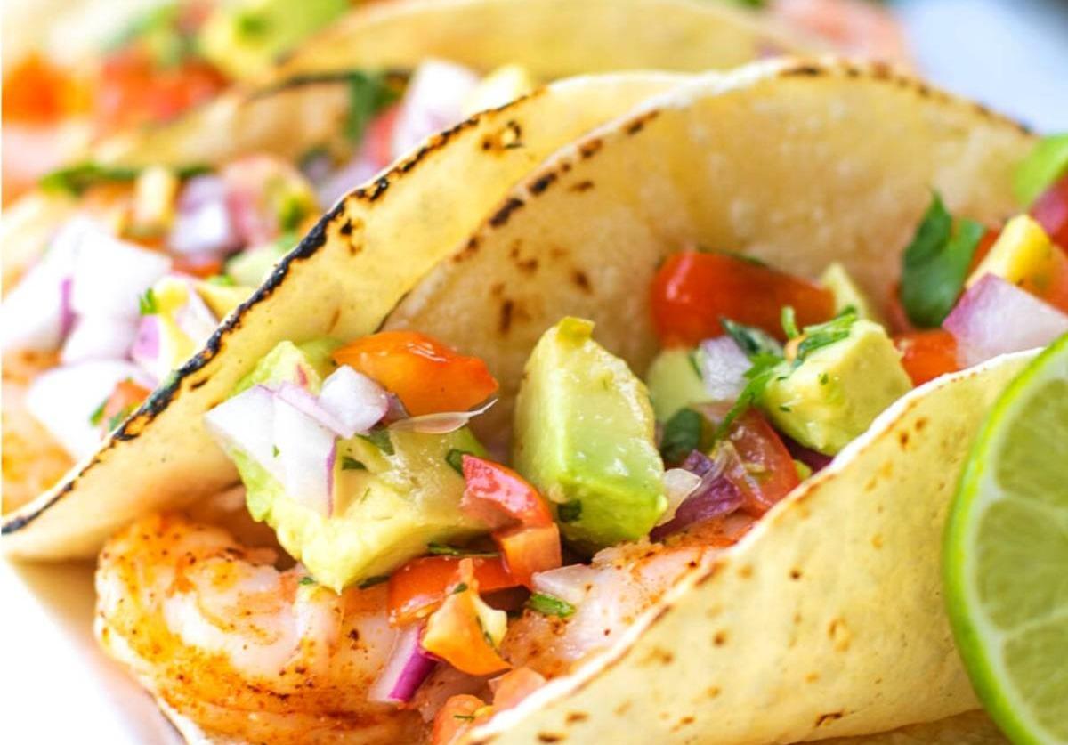 Chipotle-Shrimp-Avocado-Tacos_edited.jpg