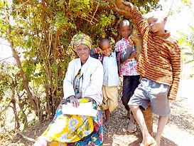 2020 Tarsila Munde family.jpg