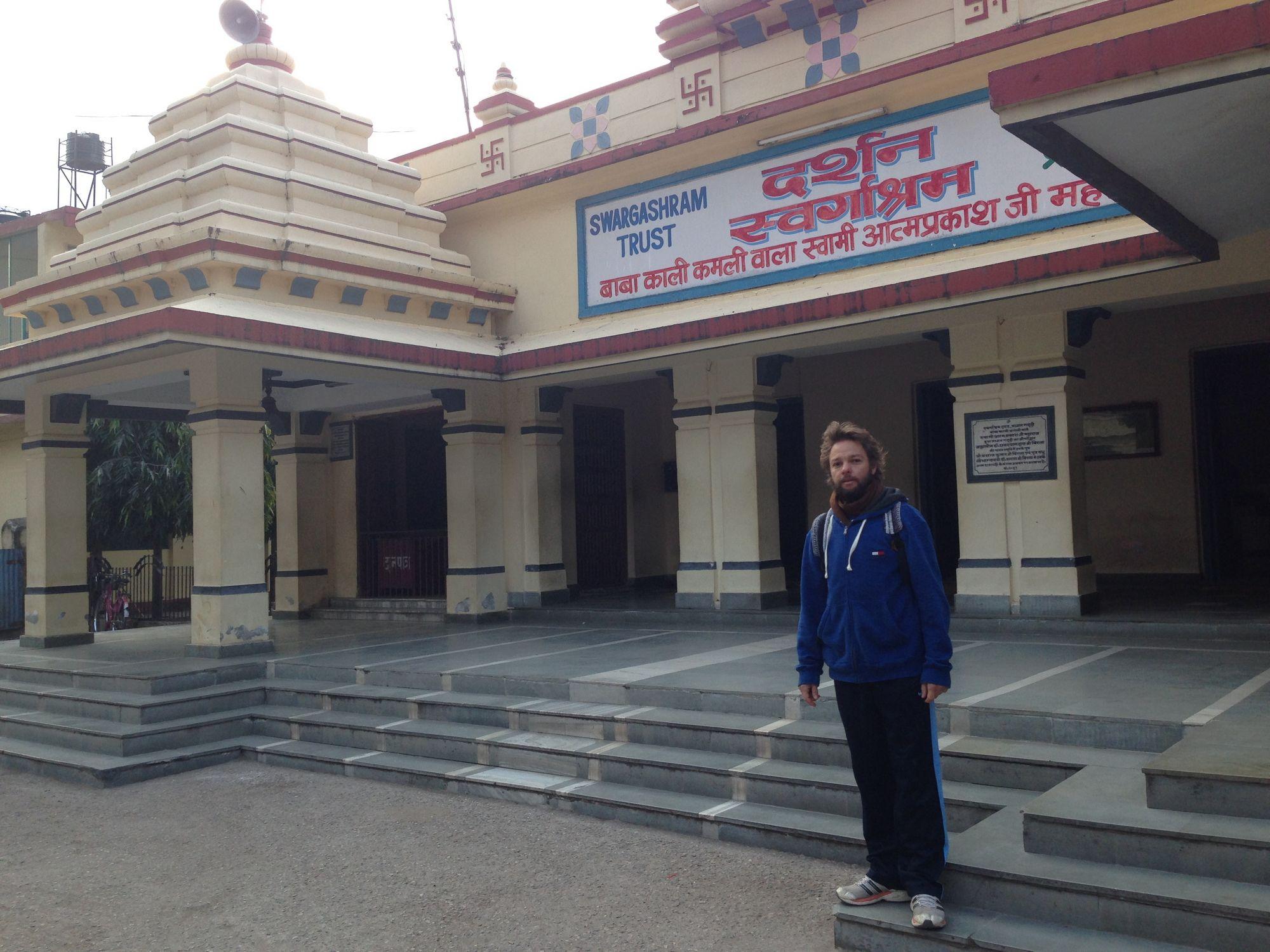 Escola Agama Yoga