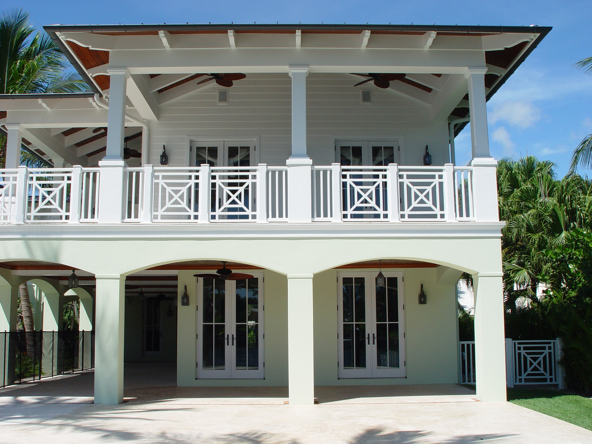 2 story porch detail.JPG