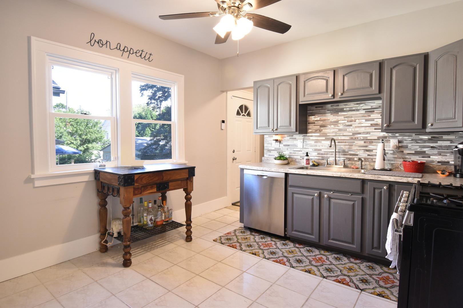 kenzies kitchen.jpg