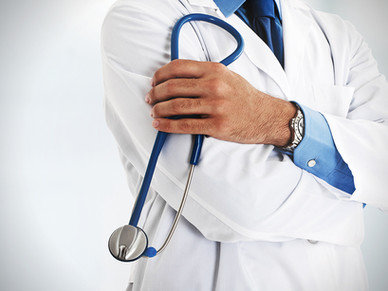 """Schweizer Chirurg warnt: """"Covid-Impfstoffe werden unverantwortlich verharmlost"""""""