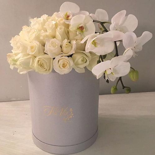 Dedicada con Flower Box Orquídea