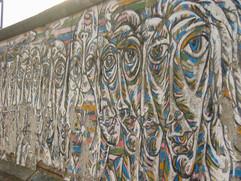 East side gallery - Gamil Gimajew (1990)