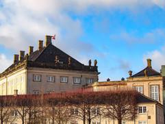 Derrière la place Amalienborg