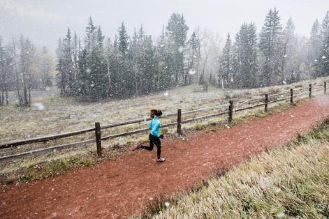10 советов, которые помогут сделать зимние пробежки менее тоскливыми.