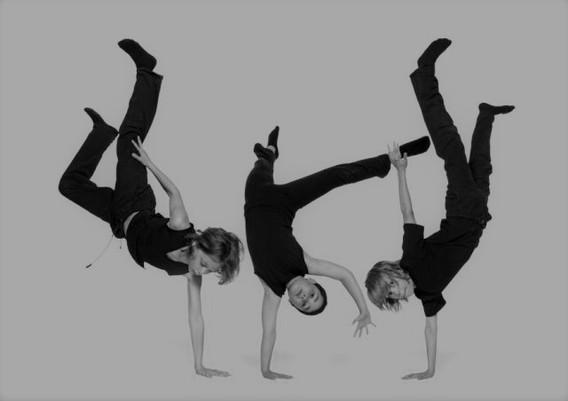 breakdance kids zwartwit.jpg