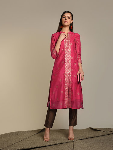 Fusia Khari print on Chanderi silk kurta