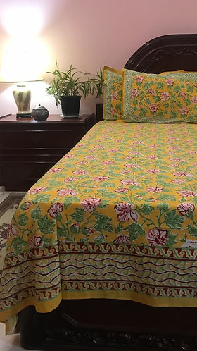 Double H/BLK Bed Cover with 2 Pillow Covers