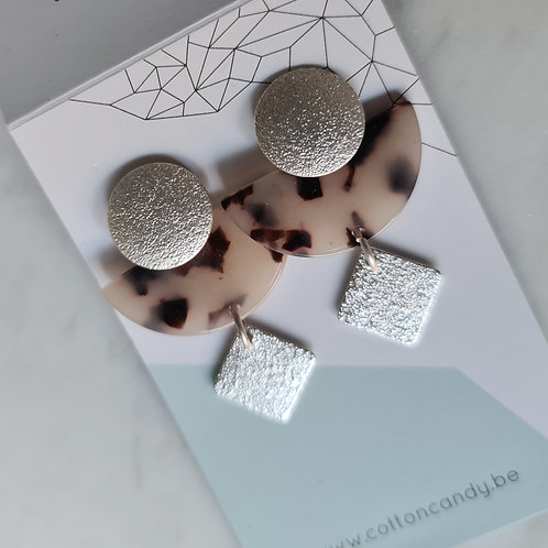 OORSTEKERS met hars boog en vierkantje - zilver