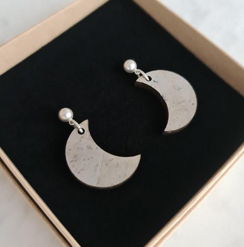 moon-hangers maantjes.jpg