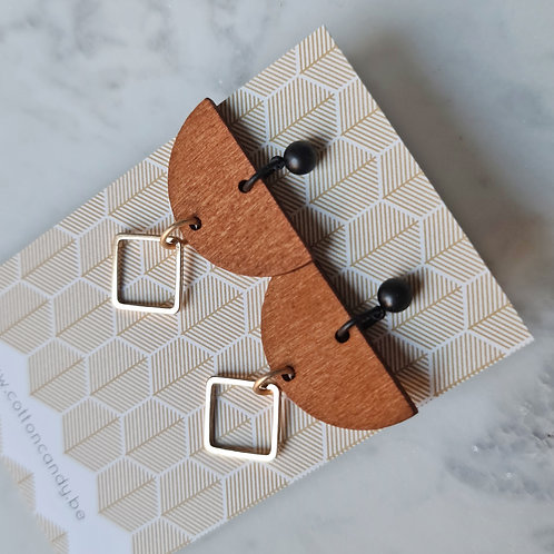 OORSTEKERS met houten boog en vierkantje