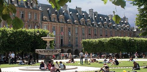 Transparent Marais : Place des Vosges
