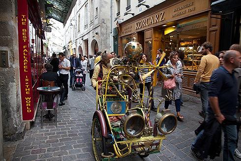 Transparent Marais : Rue des Rosiers Paris