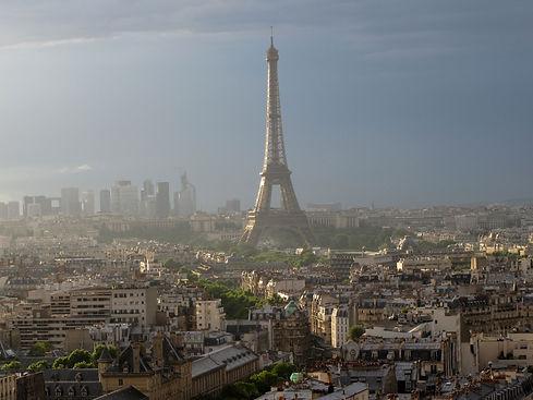 Transparent Marais : Vue de Paris avec la Tour Eiffel