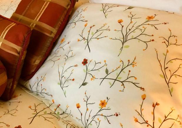 Eagle Room Bed