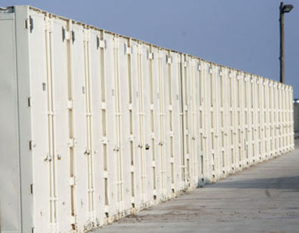 Mobile storage containers