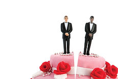 0915-ice-house-gay-divorce-split_gmnsrl.