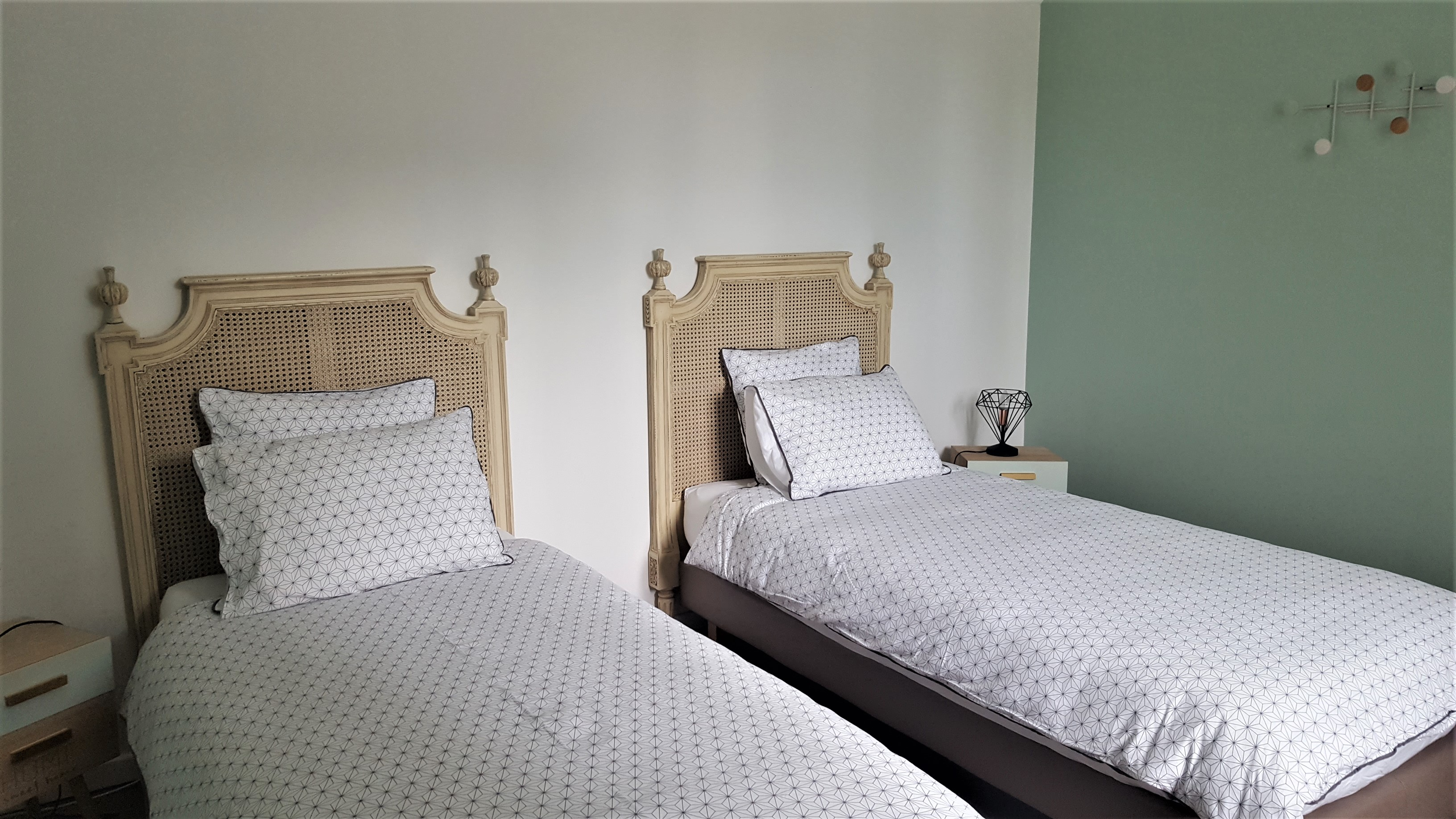 Bedroom 2 : 2 beds 90x200