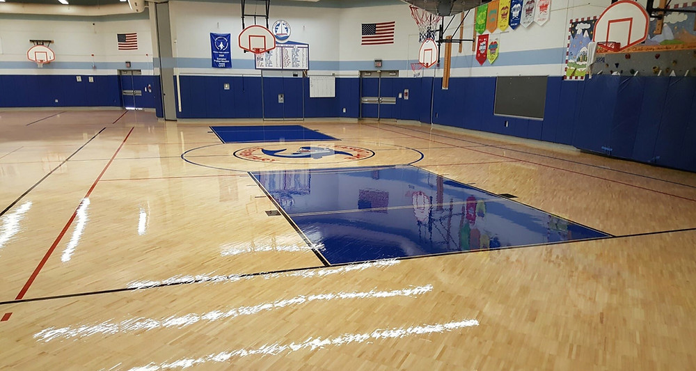 Pleasant Valley Elementary School located in Walled Lake, Michigan Sportwood Ultra Star wood gymnasium flooring