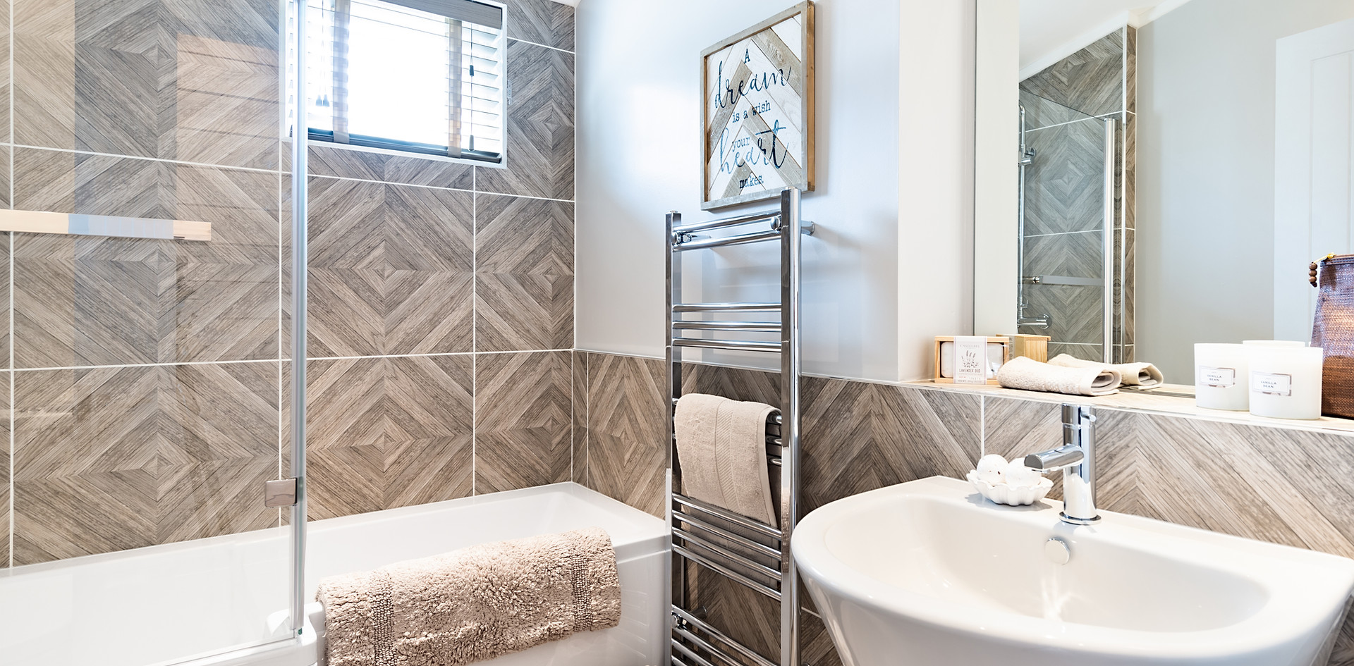 Casa Di Lusso Bathroom.jpg