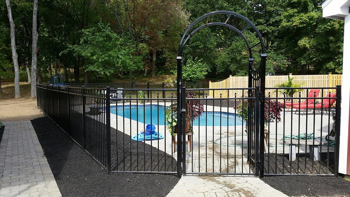 Home Gm Fence