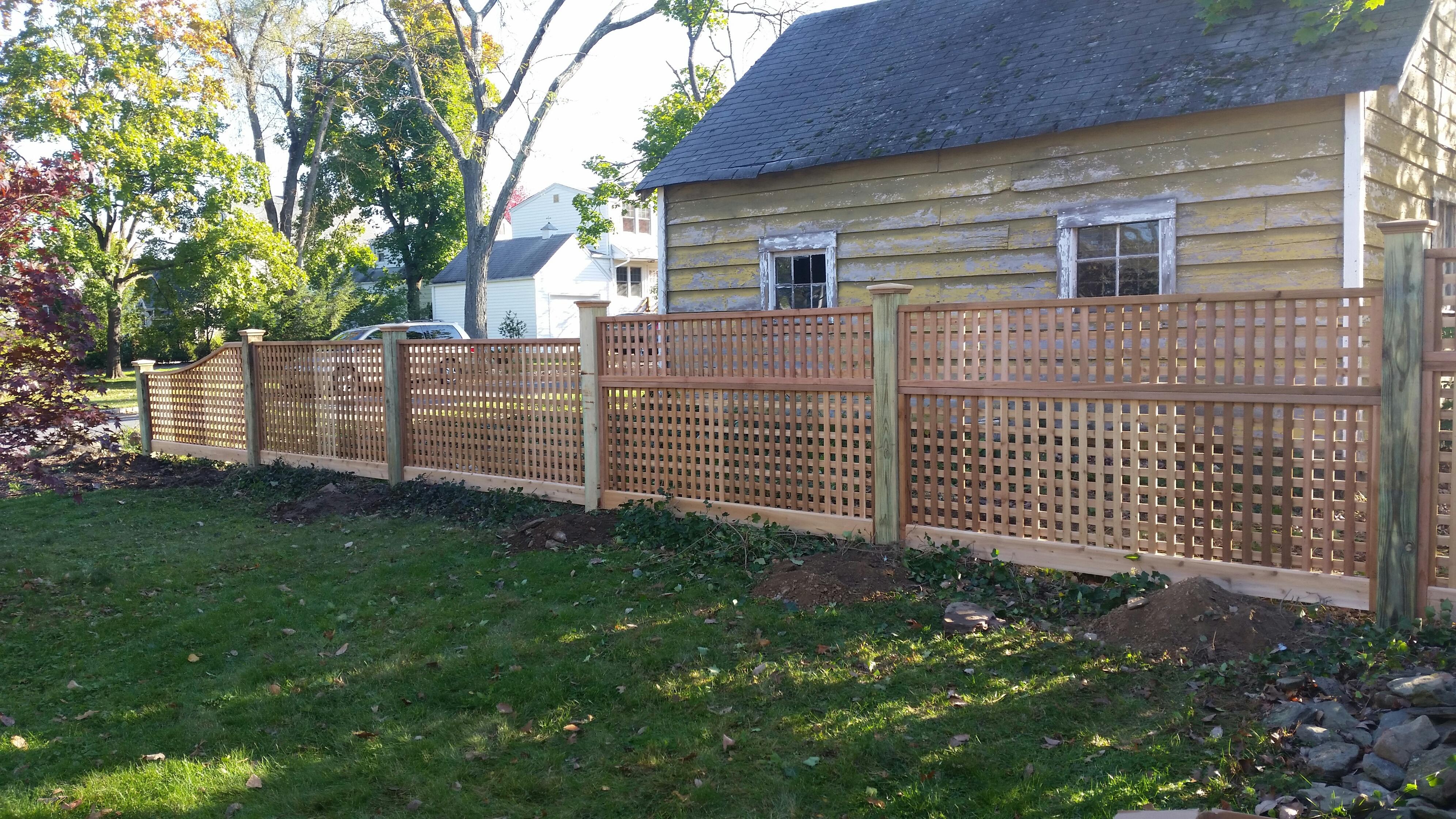 Square lattice Fence