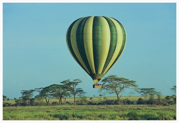Balloon ride over Serengeti