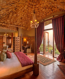 Ngorongoro_crater_lodge_guestroom8.jpg